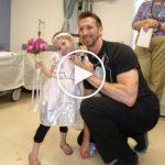 Regardez le mariage de cette fille de 4 ans avec… son INFIRMIER !
