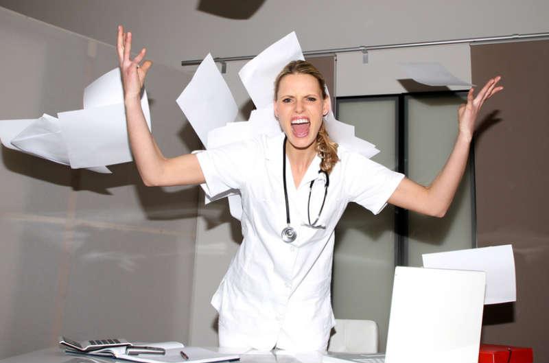 infirmiere nurse crazy