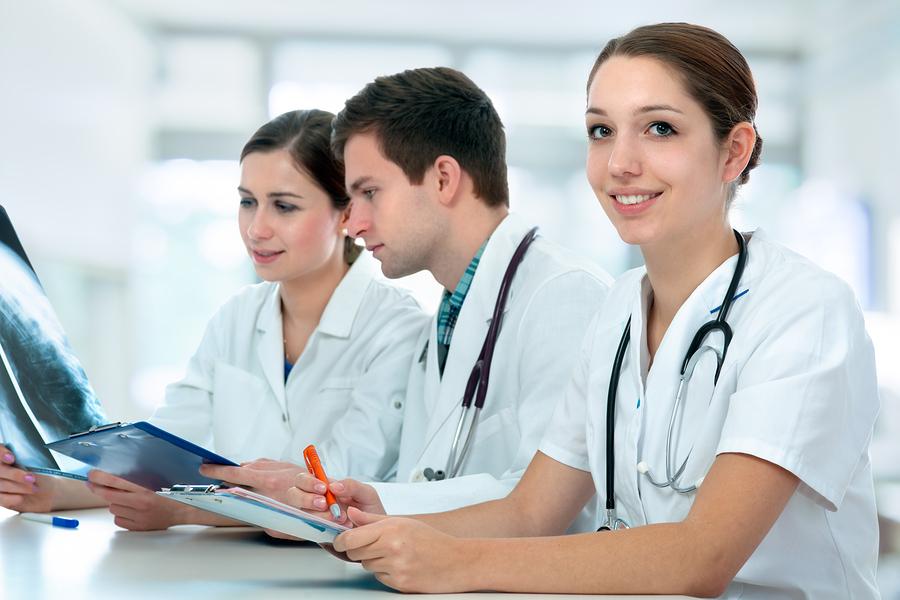 Photos d'infirmières sur le web vs. les vraies infirmières... et c'est hilarant !