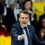 Les réactions à chaud des soignants suite à l'élection de Macron