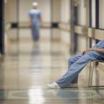 Trouver l'équilibre entre son métier d'infirmier.e et sa vie personnelle : 4 étapes pour des habitudes efficaces