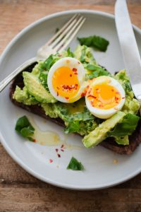 fancy-avocado-toast-1-9-735x1103